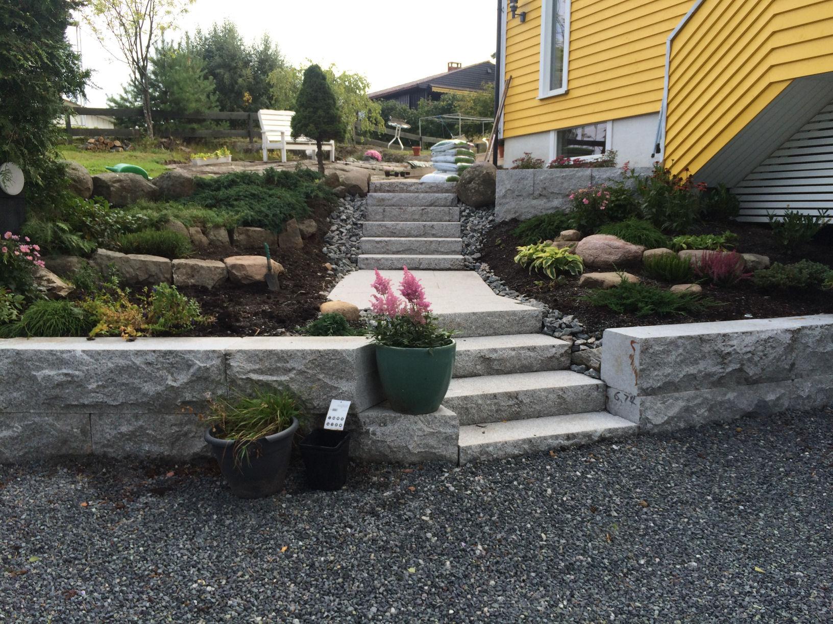#1 Grunnmur og trapp